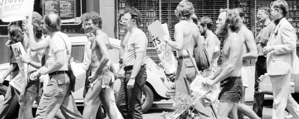 Gay_Rights_demonstration,_NYC_1976-600-240