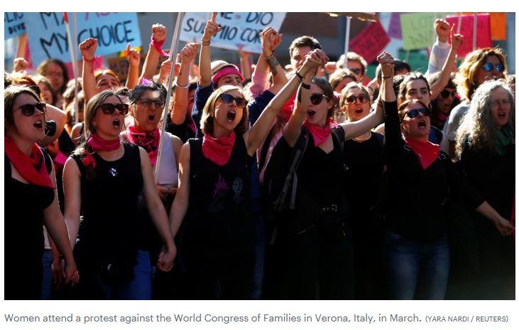 women protest Verona - Yara Nardi (Reuetrs)